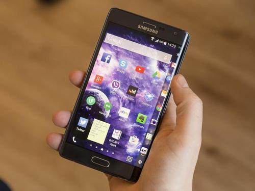 三星Galaxy Note 10第一张官方照片漏掉了这就是它的样子