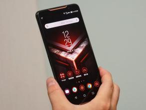 华硕ROG Phone 2正式成为全球首款搭载Snapdragon 855 Plus SoC的手机