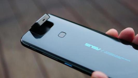 华硕6Z收到了带摄像头通话质量和夜间模式改进的新更新